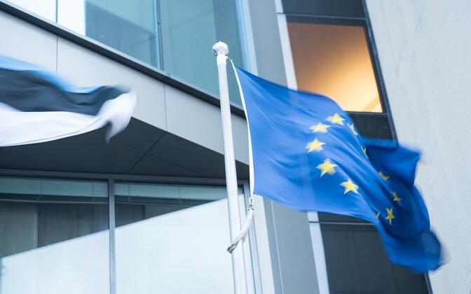 Свыше половины граждан Эстонии доверяют ЕС.
