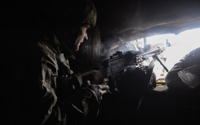 Ukraina sõdur Šorokõne lähistel kaevikus.
