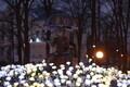 Световые композиции у фонтана «Мальчики с зонтиками» в саду Канути.