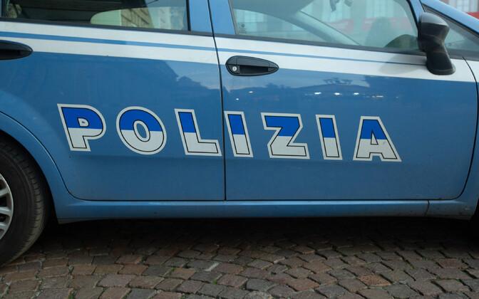 Автомобиль итальянской полиции.