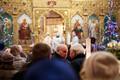 Православные христиане празднуют Рождество в Александро-Невском соборе в Таллинне.