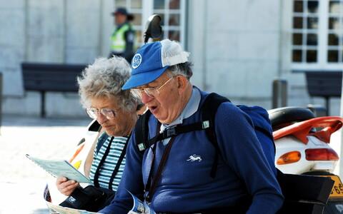 Need eakad, kes Nõukogude Liidu ajal ei saanud suletud riigipiiride tõttu reisida, kompenseerivad seda nüüd n-ö viivitusega reisimisega.
