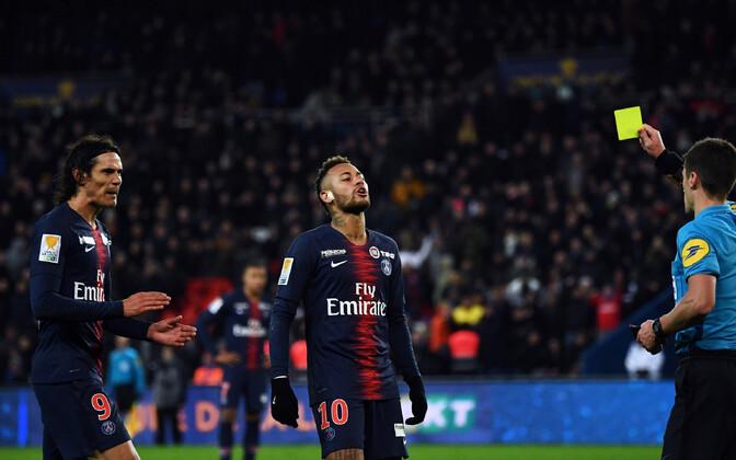 Neymar lõi PSG ainsa värava, aga teenis mängu lõpus ka kollase kaardi.
