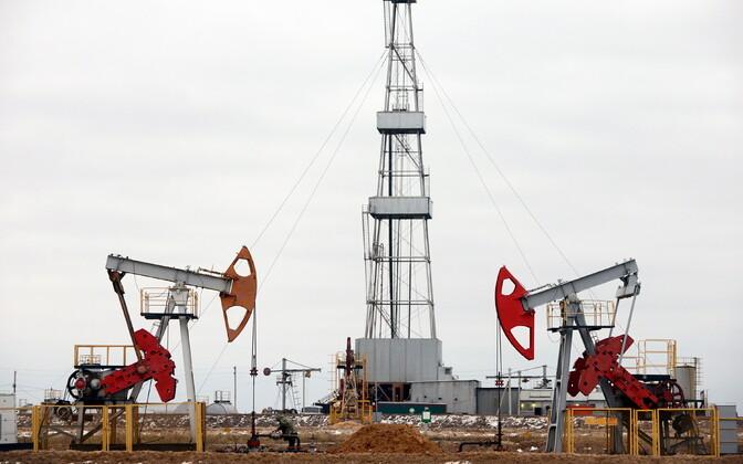 Naftapuurseadmed Valgevenes.