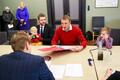 Социал-демократы представили свои документы в госслужбу по организации выборов.