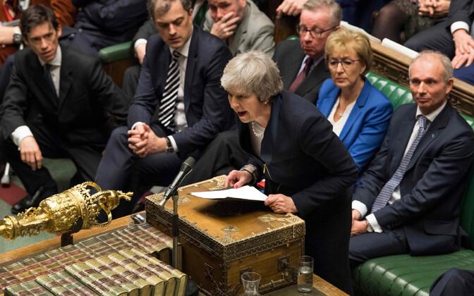 Тереза Мэй в британском парламенте перед голосованием по брекситу 15 января.