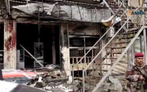 На месте взрыва в сирийском городе Манбидж.