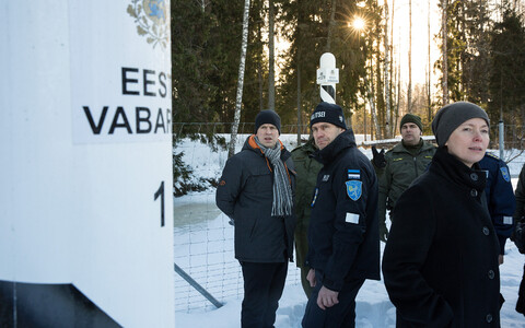 Prime Minister Jüri Ratas (Centre) and Minister of the Interior Katri Raik (SDE) visited Estonia's southeastern border on Friday. 18 January 2019.