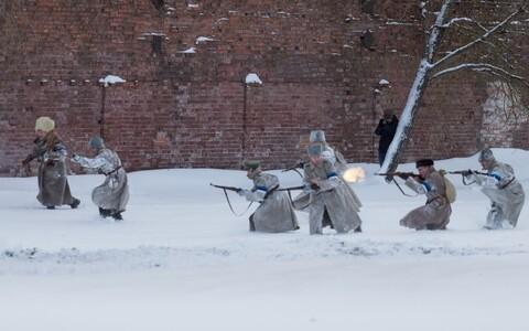 Постановочное сражение в Нарве.