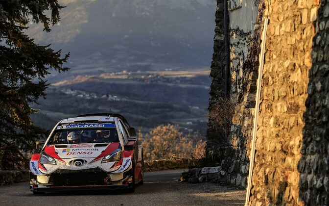 Ott Tänak - Martin Järveoja driving their Toyota Yaris in the Monte Carlo rally.