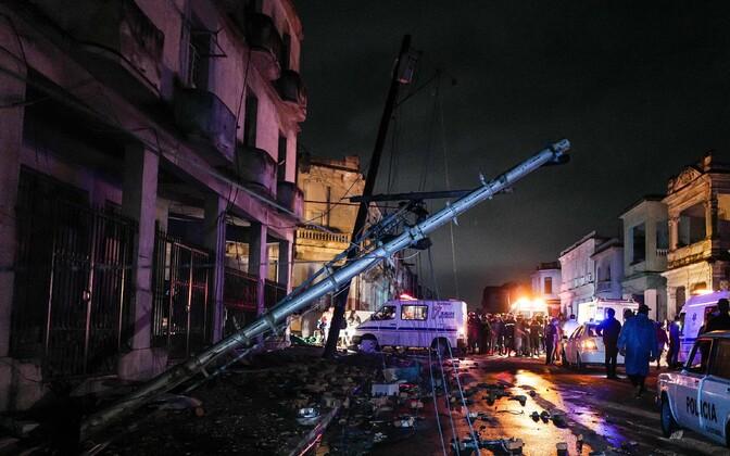 Tornaado tagajärjed Havanna tänavatel