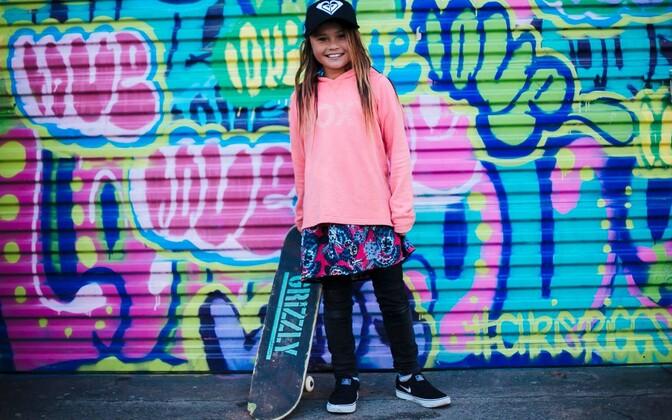 10-aastane rulataja Sky Brown.