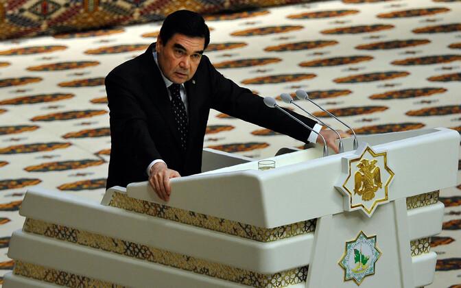 Türkmenistani president president Gurbangulõ Berdõmuhammedov.