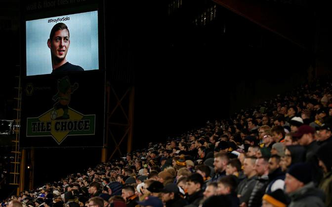 Emiliano Sala pilt Wolverhampton Wanderersi kodustaadioni suurel ekraanil