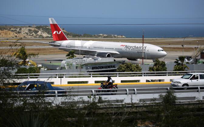 Nordwindi lennuk Caracase lennuväljal.