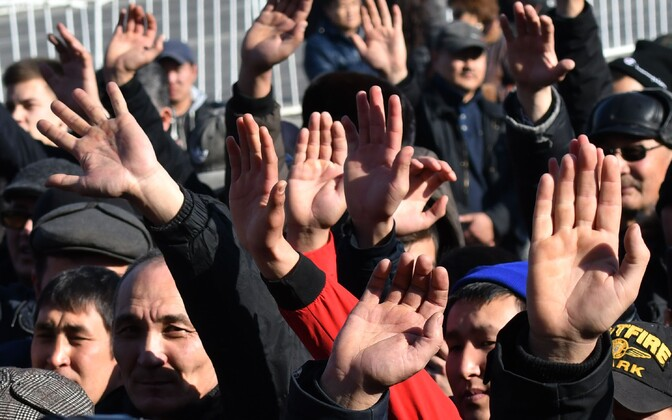 Meeleavaldajad 17. jaanuaril Biškekis.