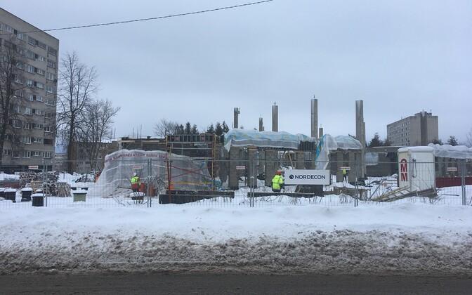 Строительство Кохтла-Ярвеской госгмназии.