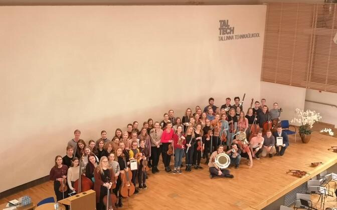 Sümfooniaorkestrite Liidu aastapreemia pälvisid VHK ja Nõmme muusikakoolide orkestrid ning pedagoog Juta Helilaid.