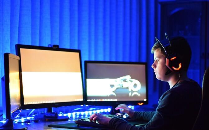 В Эстонии дети пользуются интернетом уверенно и считают, что он безопасен.