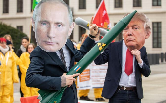 Meeleavaldajad Berliinis protestimas USA ja Venemaa otsuse vastu tageneda INF-lepingust.