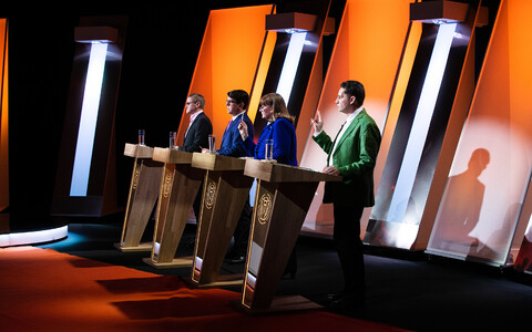 ETV valimisstuudio - üks spikker otsustamiseks.