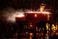 61. Grammyde gala, Shawn Mendes