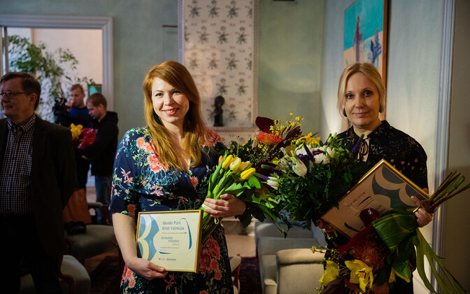 Recipients of the Bonnier Award for investigative journalistm Merilin Pärli of ERR (left) and Kirsti Vainküla of Eesti Ekspress.