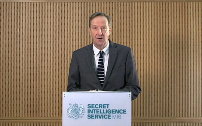 MI6 juht  Alex Younger.