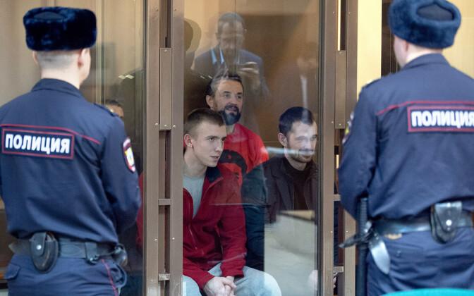 Ukraina mereväelased Moskva kohtusaalis.