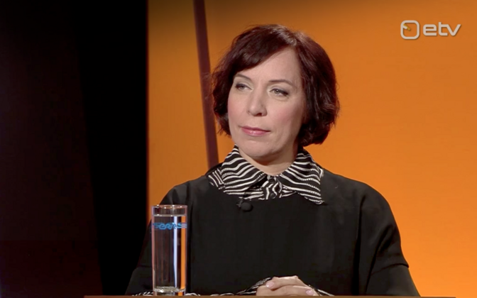 Education minister Mailis Reps (Centre), appearing here on an ETV pre-election debate show, has said that instruction at an upper secondary school in eastern Estonia won't be solely in Estonian for the time being. But who is calling the shots?