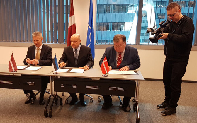 The Ministers of Defence of Estonia, Latvia and Denmark signing the memorandum of understanding on Thursday. 14 February 2019.