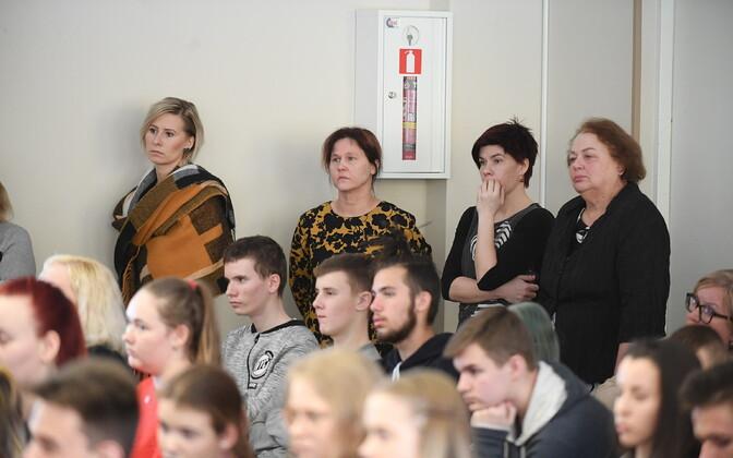 Haridusminister Mailis Reps kohtus esmaspäeval Kohtla-Järve Järve gümnaasiumi rahvaga