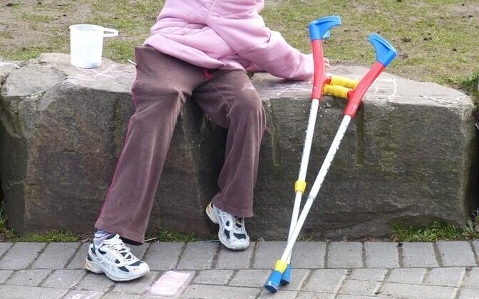 Paljud omavalitsused ei taga puudega inimestele seaduses ette nähtud teenuseid.