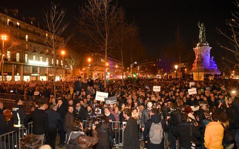 В Париже протестуют против антисемитских нападок.