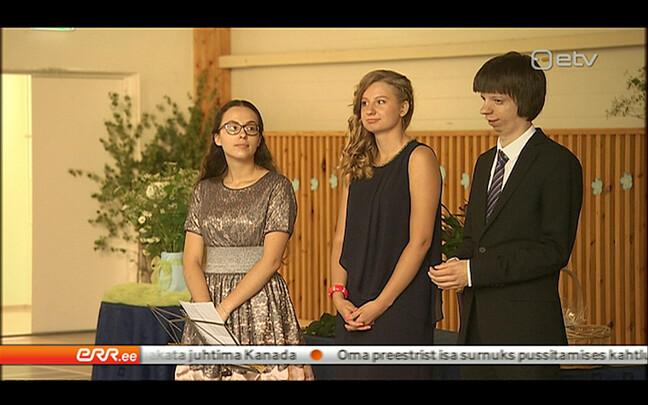Выпускники Таллиннской школы Хелени.