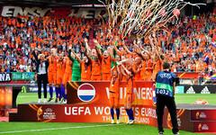 c61e87e8688 Eesti naiste jalgpallikoondis sai täna Šveitsis toimunud loosimisel teada  vastased 2021. aasta EM-i valiksarjas. Teiste seas hakatakse heitlema  valitseva ...