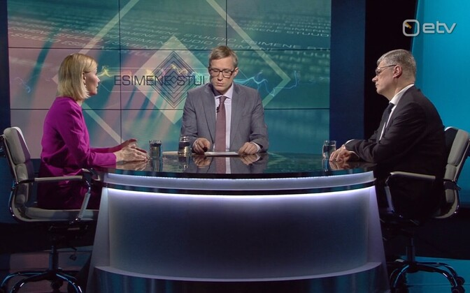 Riina Sikkut, Johannes Tralla ja Hasso Uuetoa.