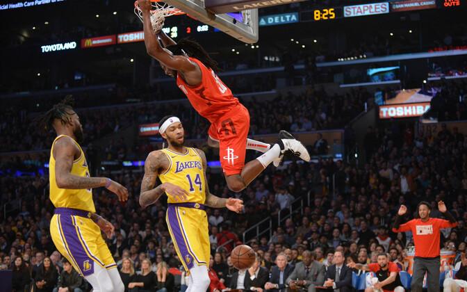 Los Angeles Lakers jäi Houston Rocketsi vastu 19-punktilisse kaotusseisu, kuid võitis siiski