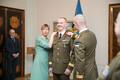 Церемония передачи меча.