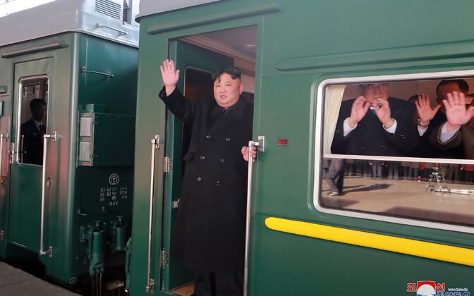 Põhja-Korea liider Kim Jong-un sõitis Vietnamisse tippkohtumisele rongiga.