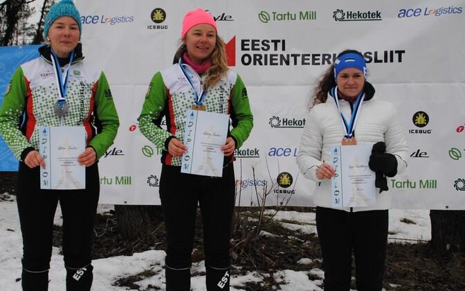 Vasakult: Doris Kudre, Daisy Kudre, Epp Paalberg