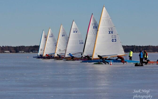Jääpurjetamise Eesti meistrivõistlused