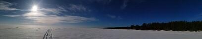 Sinimustvalge Peipsi põhjakallas