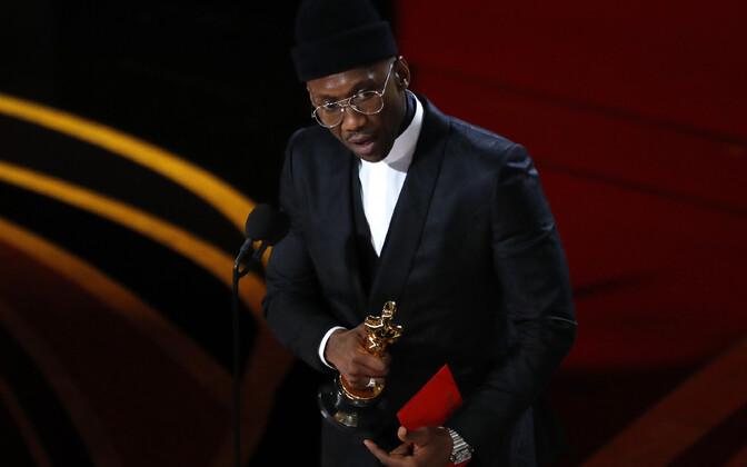 Parima meeskõrvalosa Oscari võitis Mahershala Ali