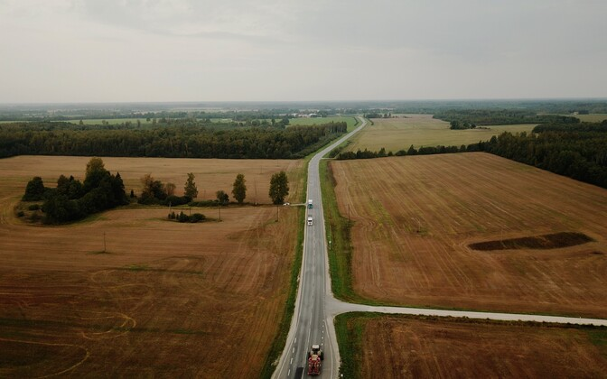 Current two-lane highway on outskirts of Tallinn.