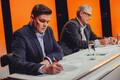 Эксперты в студии - журналисты Артур Тооман и Андрес Реймер.