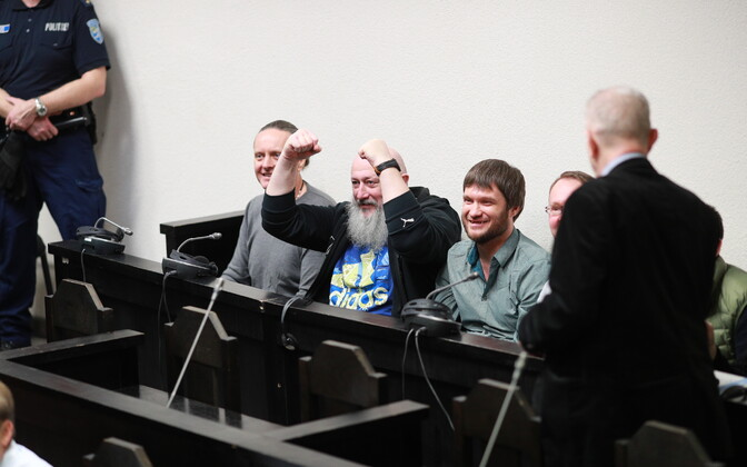 A group accused of smuggling a total of 2.3 tons of hashish from Spain to Russia from Estonia in court. Jevgeni Medunitsa is the leftmost in the photo.