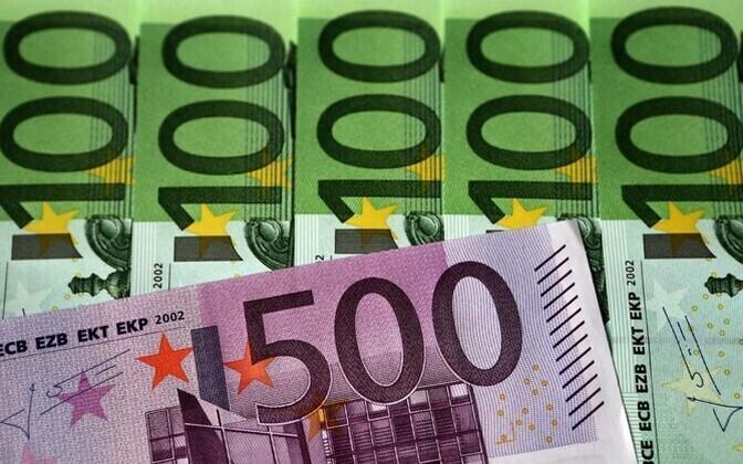 В Харьюском уезде средняя брутто-зарплата составила 1455 евро.