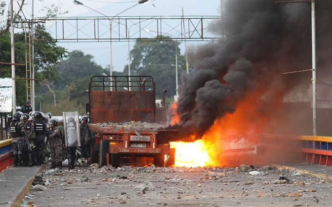 Rahutused Venezuelas Colombia piiri ääres.