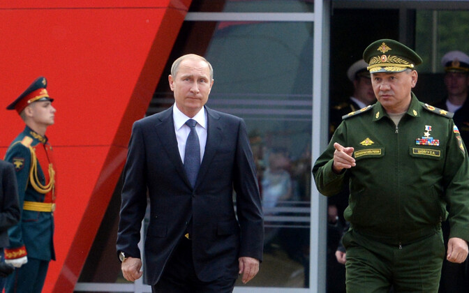 President Vladimir Putin ja kaitseminister Sergei Šoigu.
